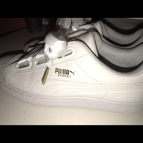 buy online c8da7 17f2c PUMA Basket Heart Patent White Women's Sneakers